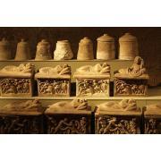 21_etruscanfunerary_urns.jpg