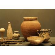 27_etruscanpots.jpg
